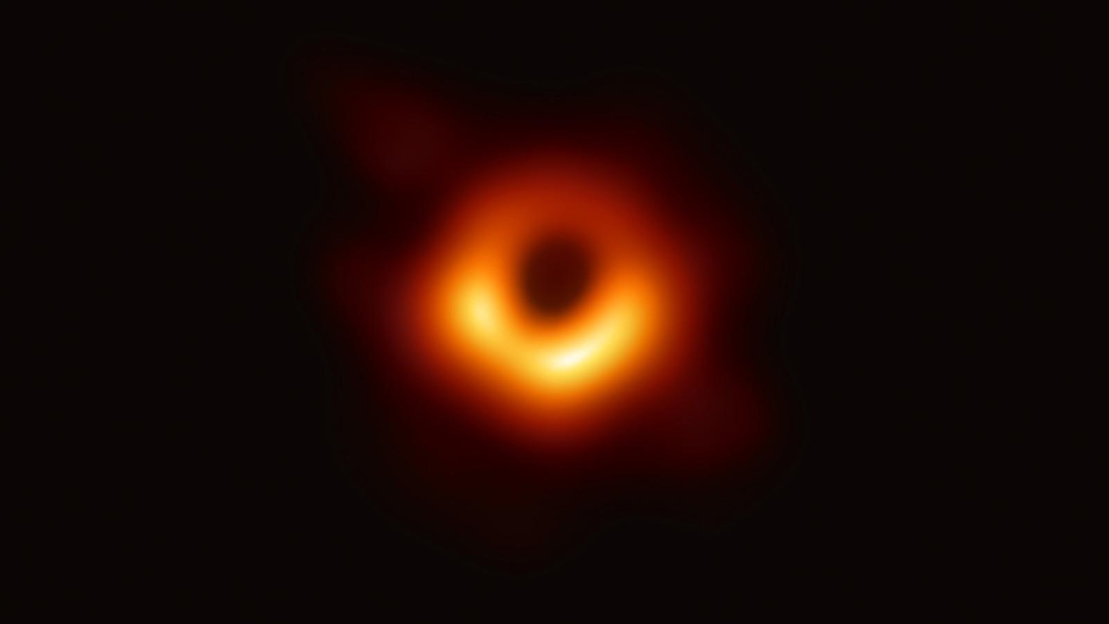 [강의 영상] 블랙홀, 알 듯 말 듯의 지평선 속으로
